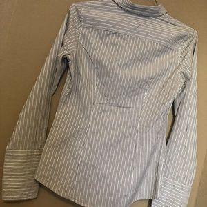 Banana Republic Tops - Banana Republic button up blouse